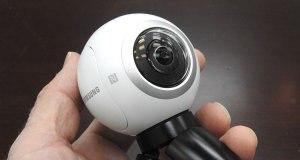 CR-Electronics-II-Gear-360-Camera-in-Hand-02-16
